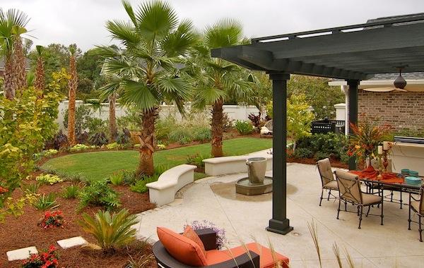 outdoor home mulch ideas