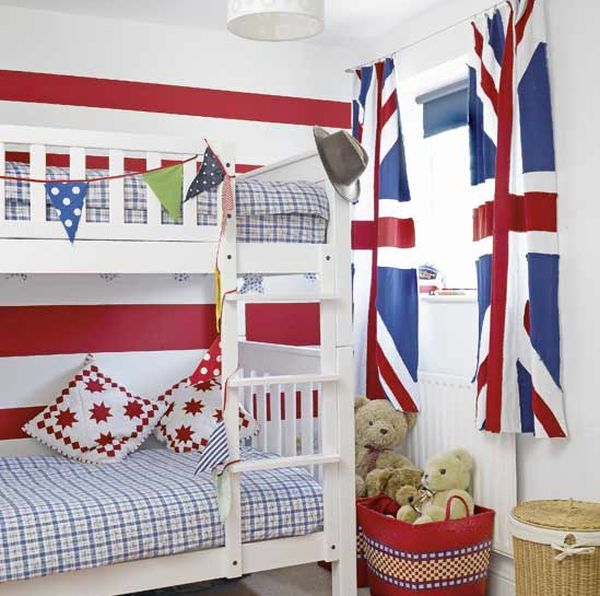 Adding a touch of class to the boys' bedroom with Union Jack curtains