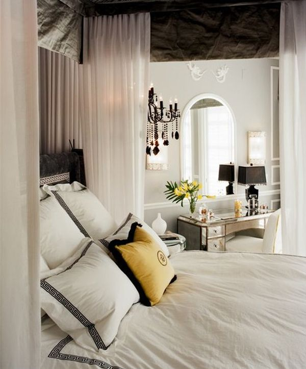 Bedrooms that aim for Hollywood Regency style need to embraces luxurious fabric!