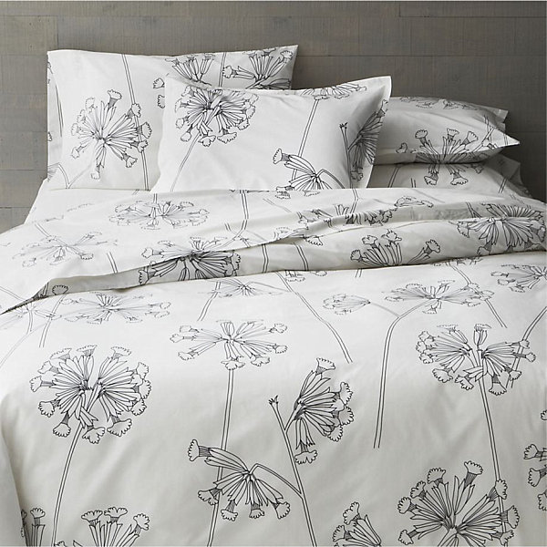 Black and white floral bed linens