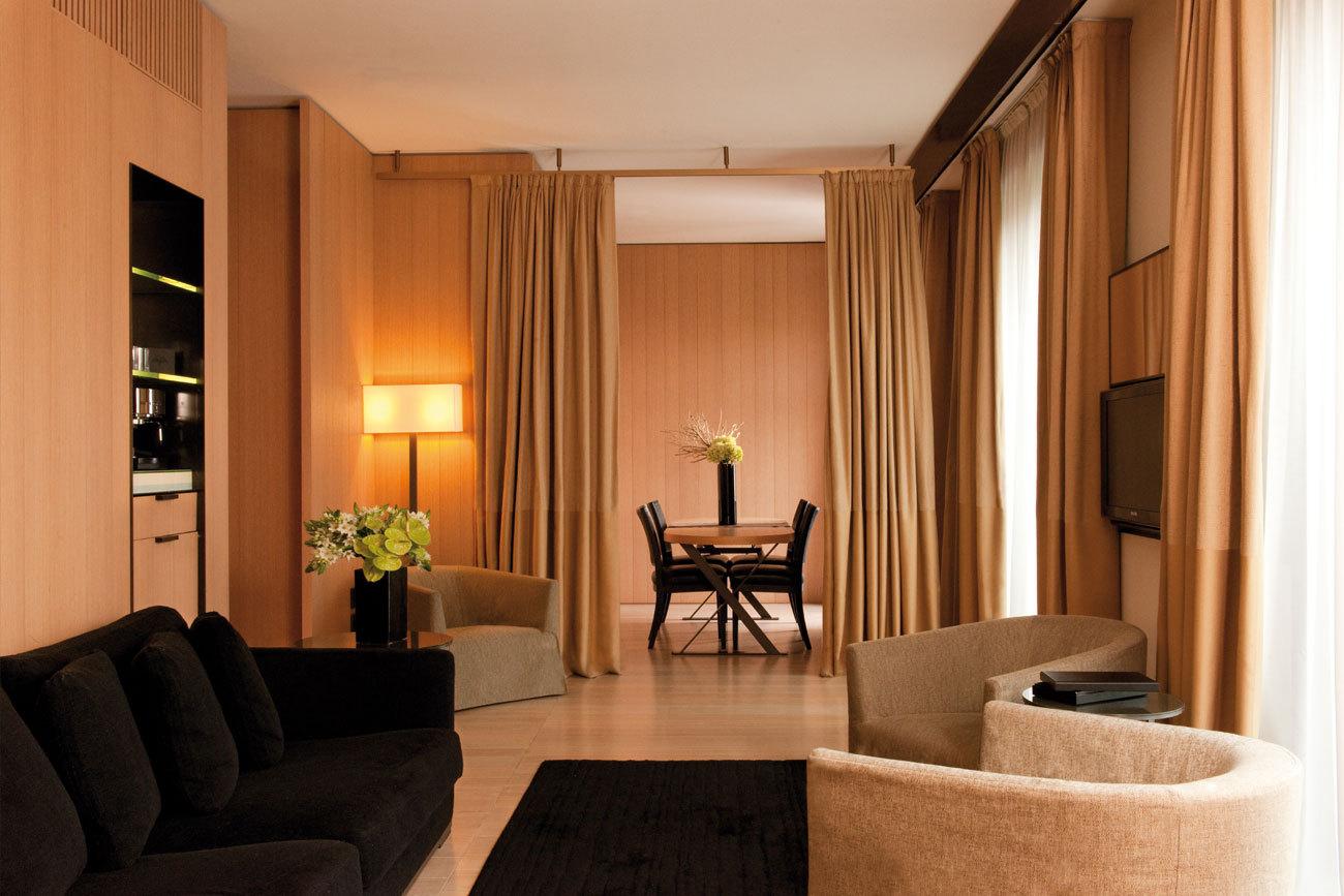 Bulgary hotel Milan - superior suite