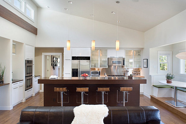 Contemporary kitchen with clear counters