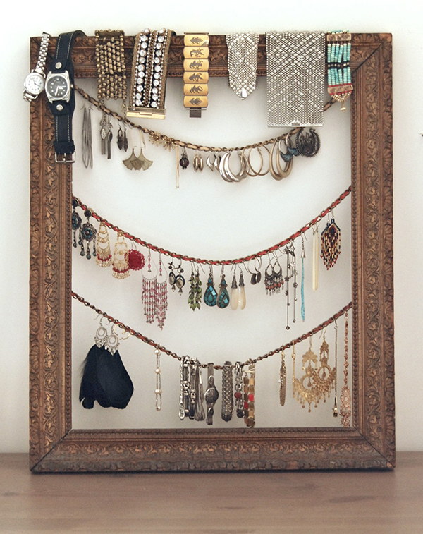 DIY Jewelry Organizer - Antique Frame2