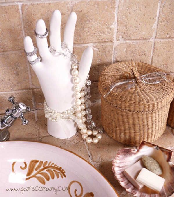 DIY Jewelry Organizer - Plaster Hand