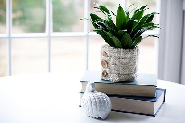DIY Knitted Vase