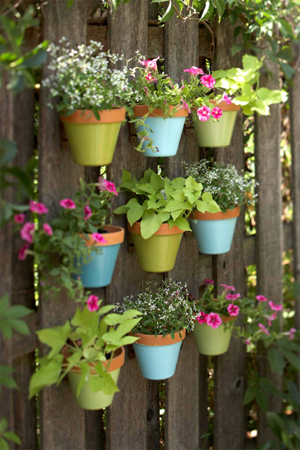 DIY Painted Pots Fence Garden