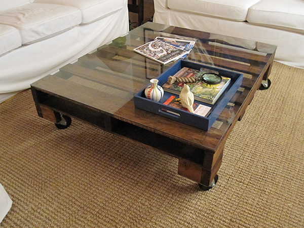 View in gallery DIY Pallet Coffee Table - 12 Gorgeous DIY Coffee Tables