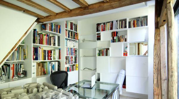 Ergonomic bookshelves create a modern look