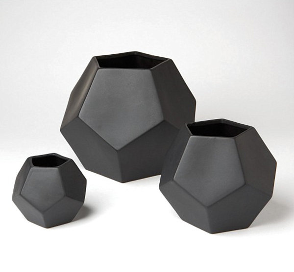 Faceted vases in black