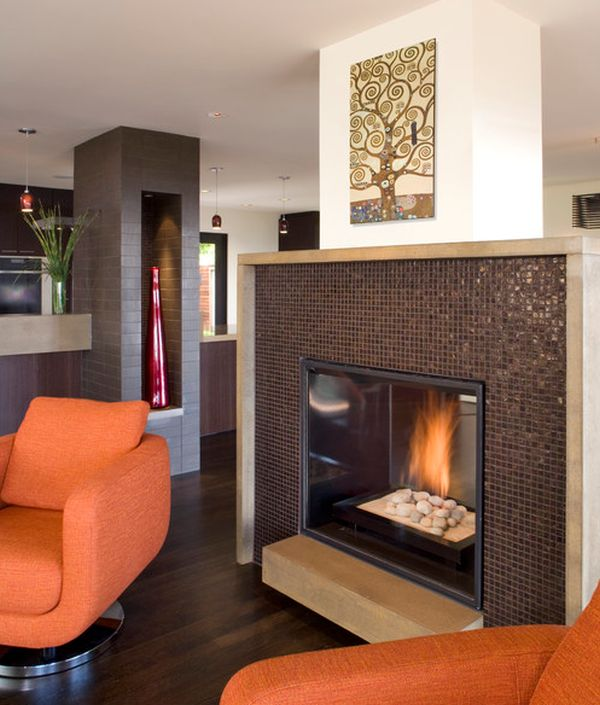 Fascinating wall art enhances the beauty of the modern fireplace