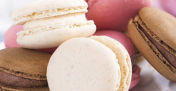 Gourmet macarons for Mother's Day