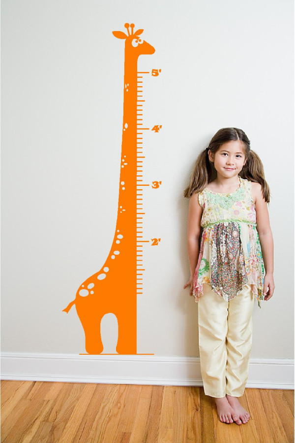 Giraffe Growth Chart via Etsy