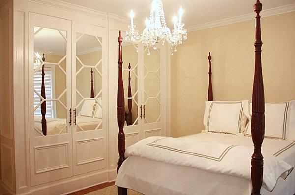 Honeycomb mirrored dresser