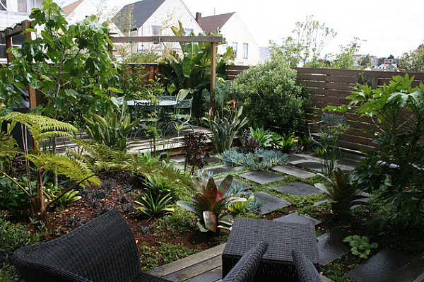 The art of landscaping a small yard for Jungle garden design ideas