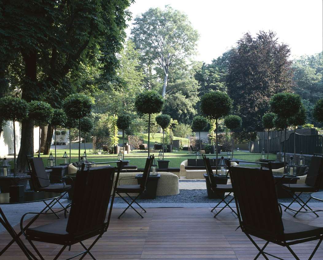 Luxury Bulgary Hotel Milan - outdoor terrace