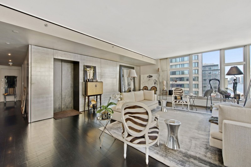 View In Gallery Manhattan Luxury Apartment