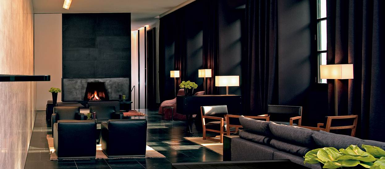 Bulgari hotel in milan showcases sophistication class and for Designhotel mailand