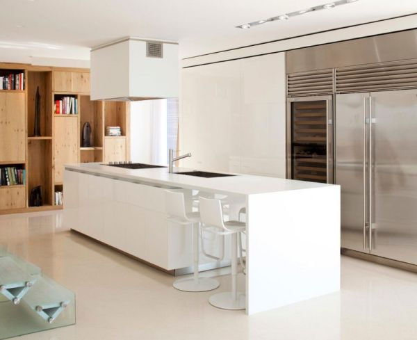 Modern kitchen island in white