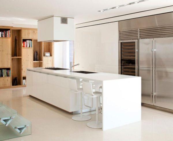Modern kitchen island in white