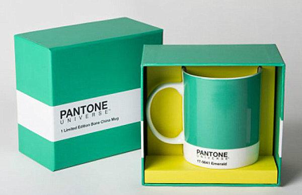 Pantone emerald mug