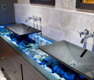 Pebbles and small stones for a natural interior design (1)