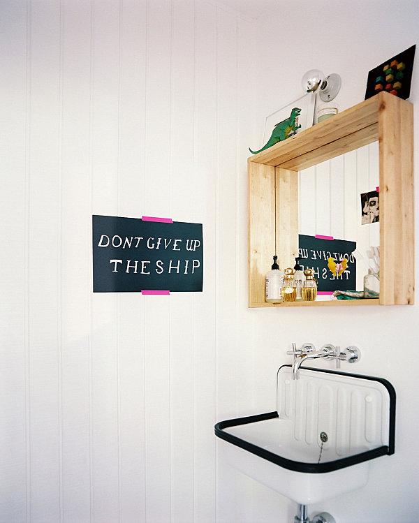 Playful details in a modern bathroom
