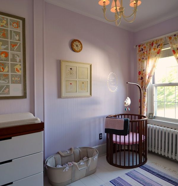 Stokke Sleepi crib-bed placed next to the window offers your little one many interesting views!