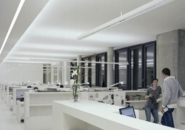 Talo Suspension Lamp in a Various Configurations for Office
