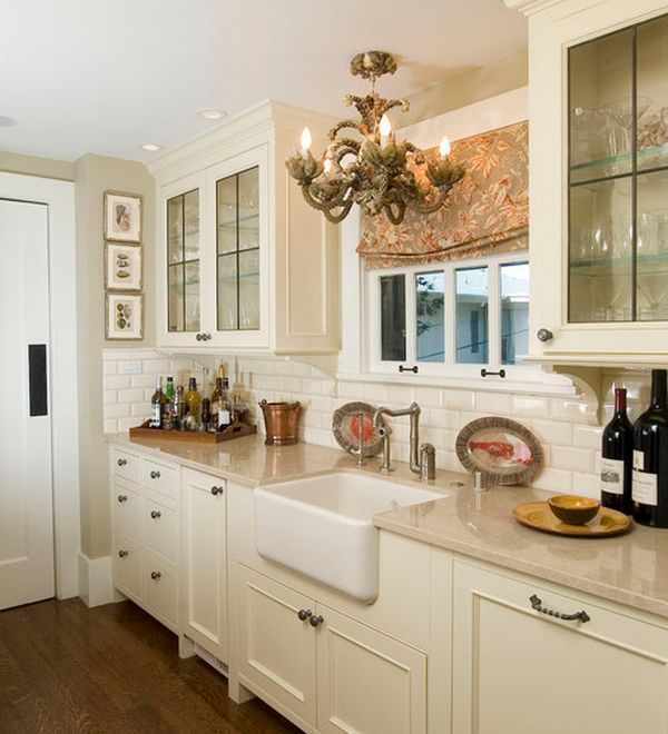 Traditional Kitchen Design With Lovely Lighting And Classy Cabinets