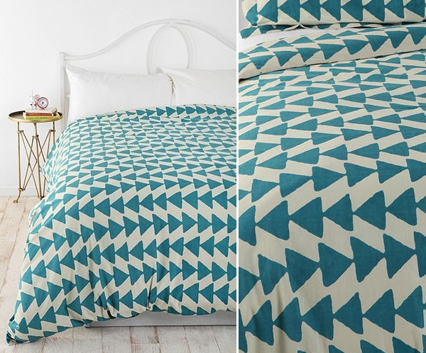 View In Gallery Triangle Motif Bedding Amazing Ideas