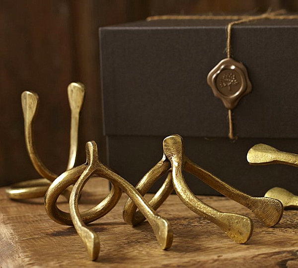 Wishbone napkin ring gift set