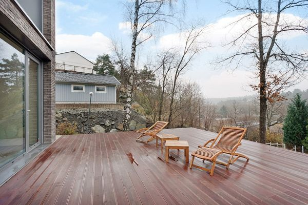 Wooden deck area offer plenty of views