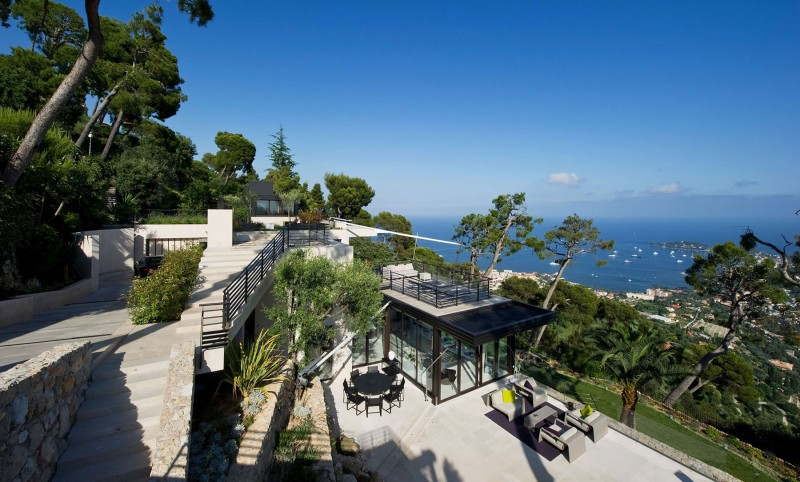 exquisite french villa offers panoramic views and. Black Bedroom Furniture Sets. Home Design Ideas