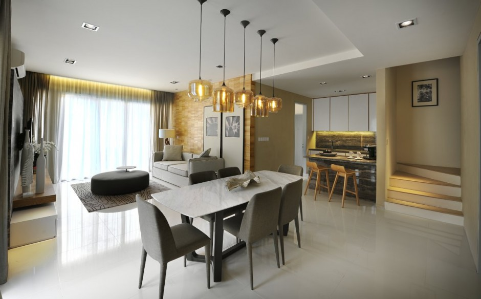 golden accents dining area