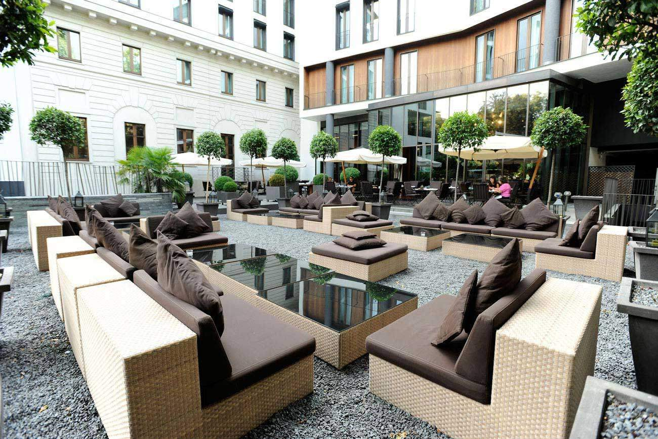 Bulgari hotel in milan showcases sophistication class and for Hotels on the terrace