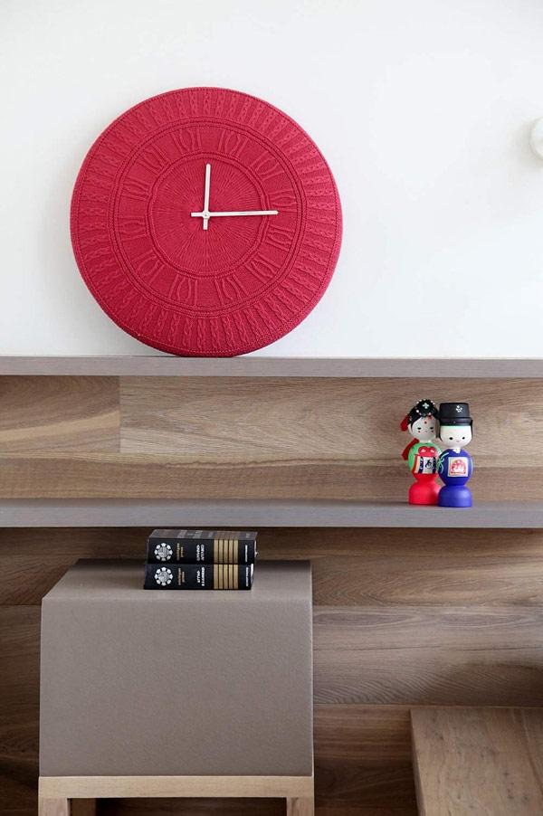 minimalist bedroom wall shelves