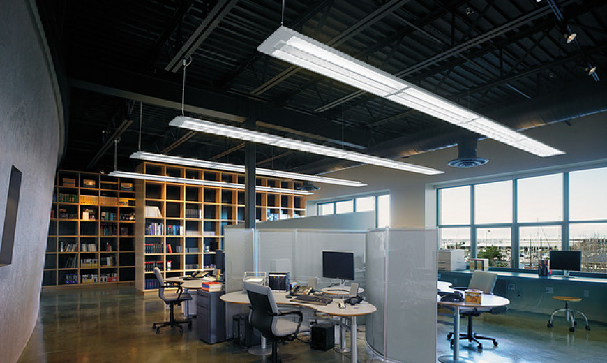 9 Efficient and Stylish Lamps for Your Work Space