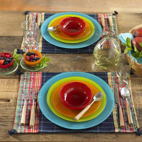 recycled-Glass-dinnerware