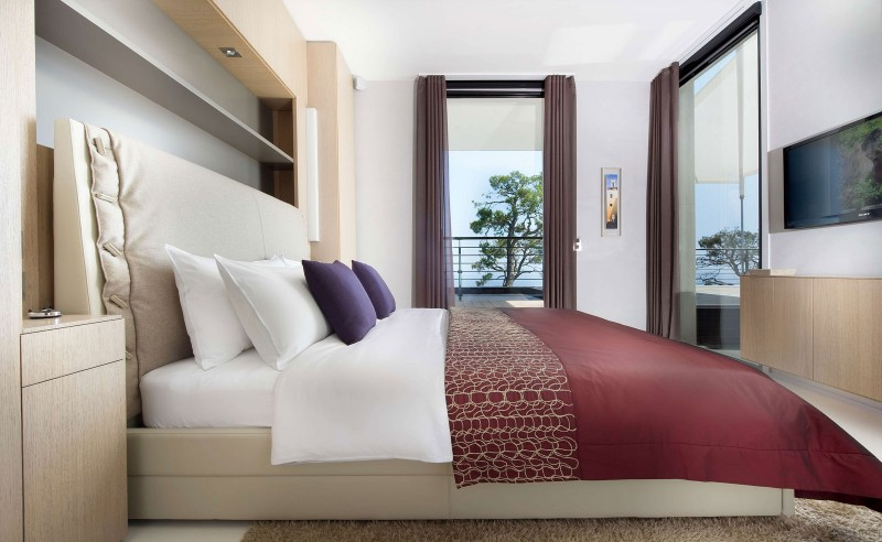ultra modern sea view bedroom