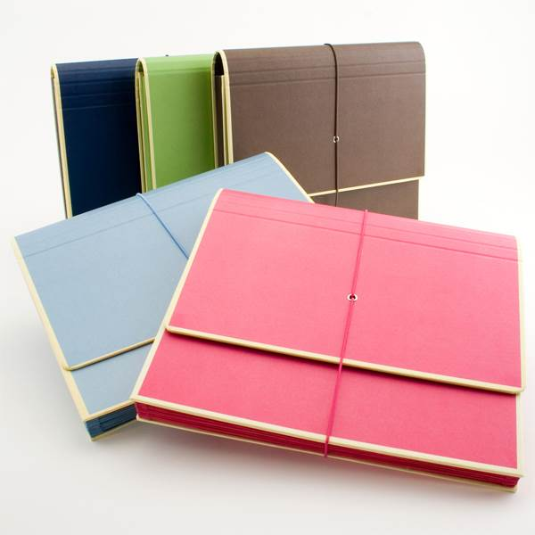 Accordion folders for organization