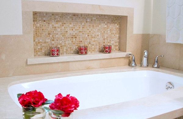 Bathroom with rosy accents