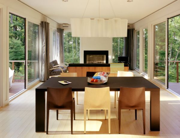 30 modern curtains to adorn your sliding glass doors in style for Long sliding glass doors