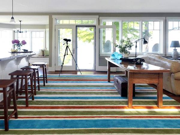 Colorful crisp living room