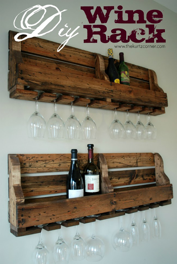 DIY Pallet Wine Bottle and Glasses Wall Rack