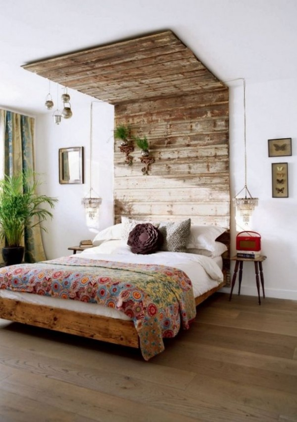 View in gallery DIY Reclaimed Wood Headboard