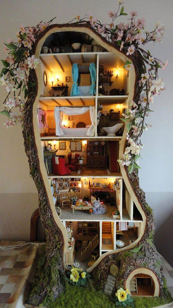 DIY Treehouse Dollhouse