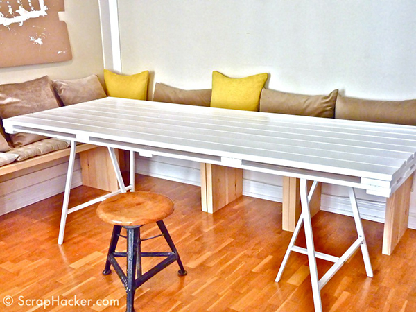 View In Gallery DIY White Pallet Dining Table
