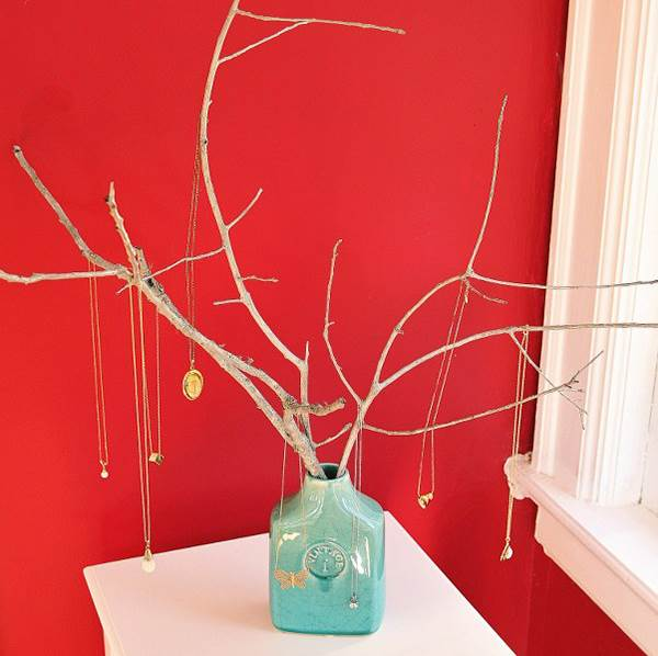 DIY jewelry tree in a vase
