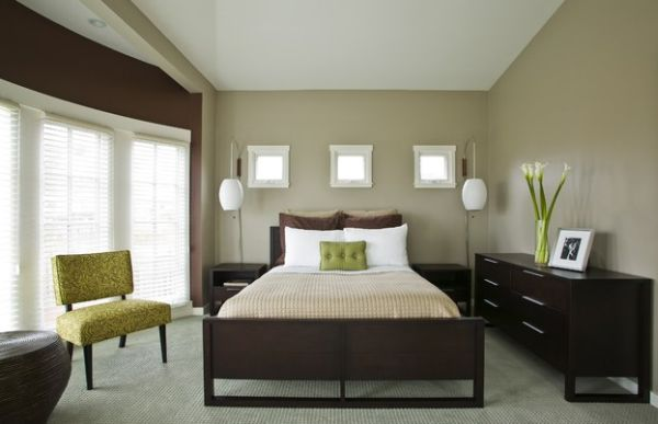 decor and furnishings bring in green accents without demanding major