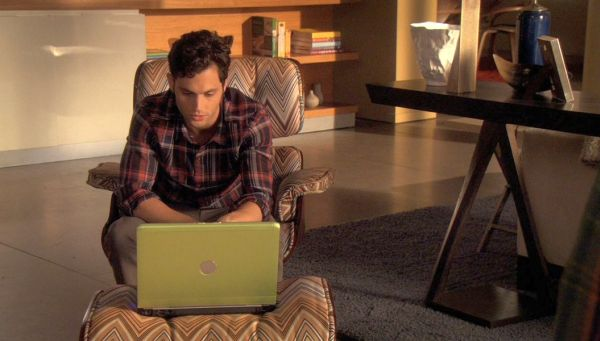 Eames Lounge Chair and Ottoman in Italian Fabric on Gossip Girl